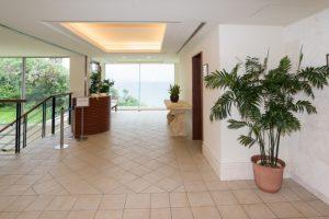 ホテルのレンタル観葉植物_2_エントランス